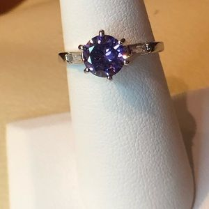 Jewelry - Ladies Amethyst Ring